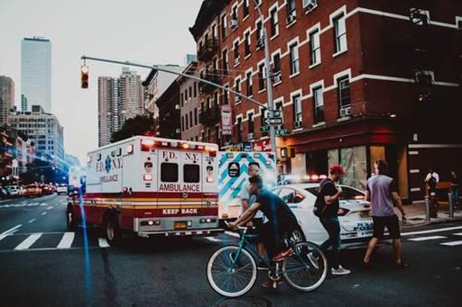 アメリカで救急車を呼んだら料金にたまげた話:アメリカのこんなところが信じられない!