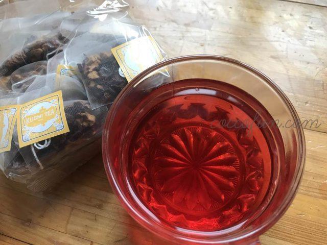 クスミティーのアクアエグゾティカは真っ赤な南国風お茶♪お茶好きにはたまらない